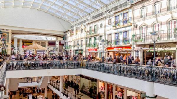 Render centro comercial