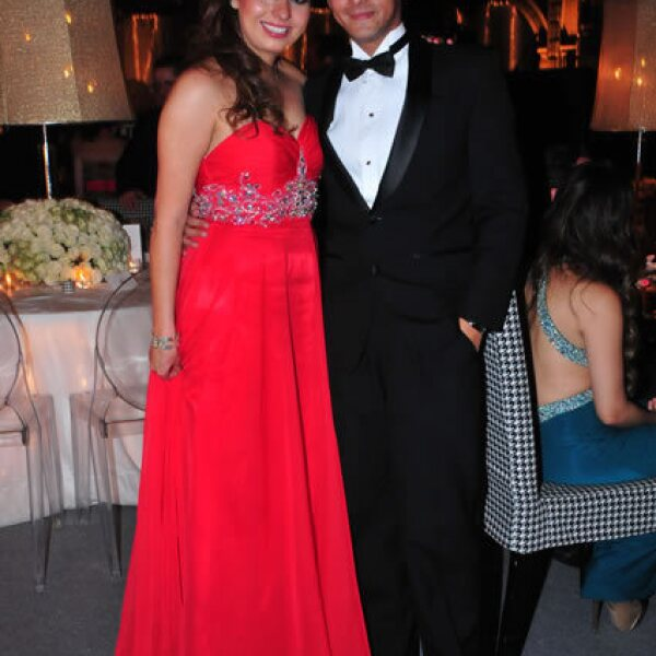 Erika Manjarrez,Luis Thomas