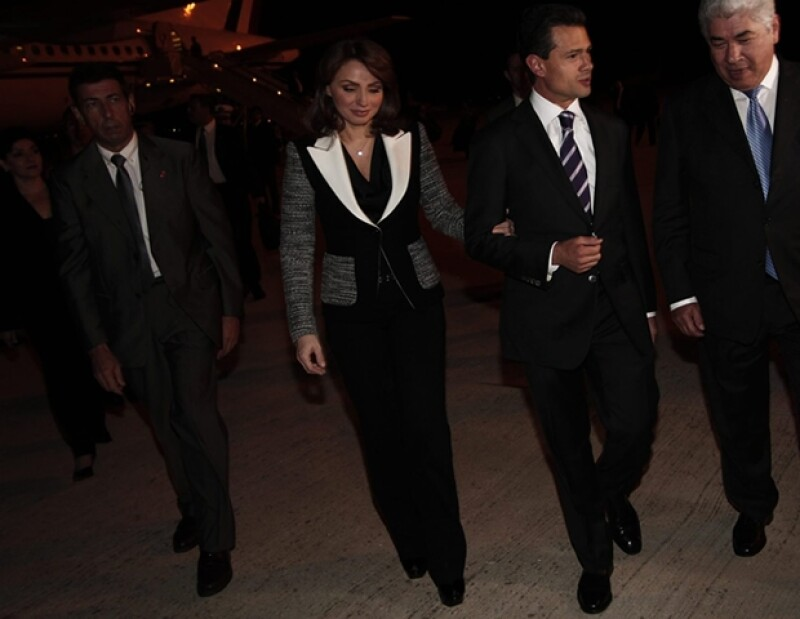 La Primera Dama ha acompañado a su esposo, Enrique Peña Nieto, en sus giras internacionales. Conoce lo que ha usado en sus visitas a ciudades europeas.