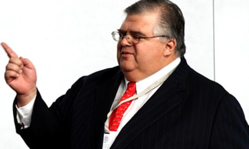 Carstens comentó a los senadores del PAN que en general el panorama es favorable. (Foto: Notimex)