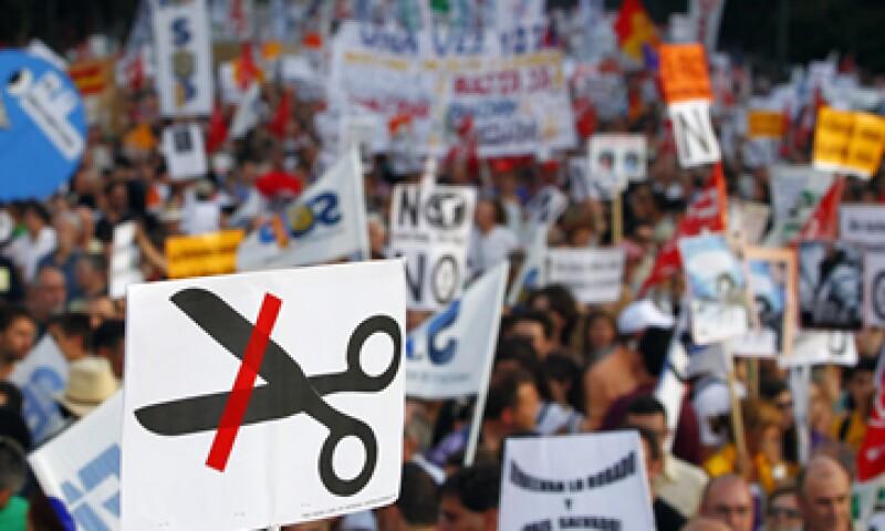La economía española se contrajo 0.4% en el segundo trimestre del año respecto al trimestre anterior. (Foto: AP)