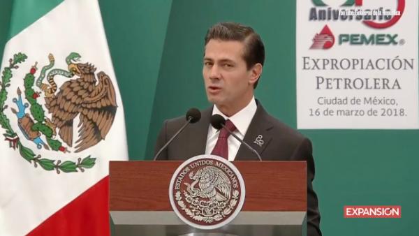 """Peña Nieto advierte sobre los riesgos de regresar a """"modelos del pasado"""""""