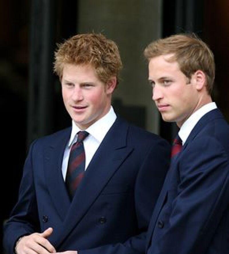 El término significa que los hijos Lady Di contarán con un personal que les llevará sus asuntos públicos y privados, antes los llevaba el equipo de su papá, Carlos de Inglaterra.