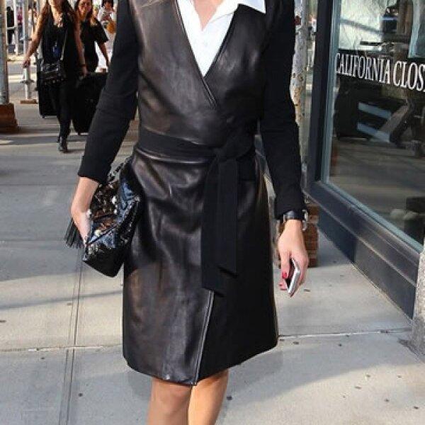 Nos encanta la versión en piel que lleva Oliva Palermo.