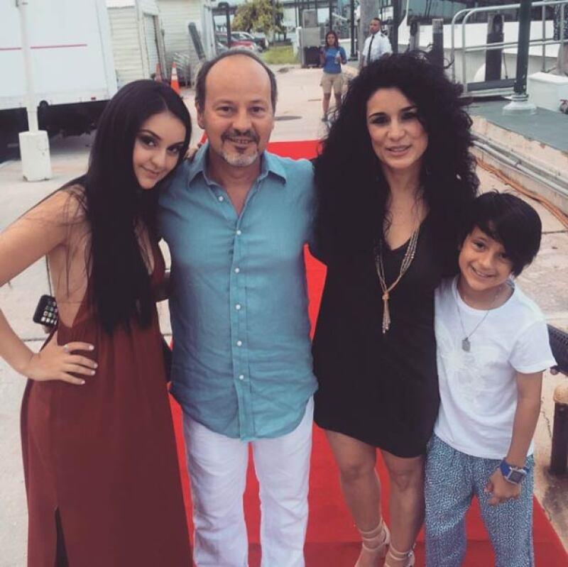 Tanto Karina como su esposo y su hija mayor, Yasha, apoyan la decisión de Hannah.