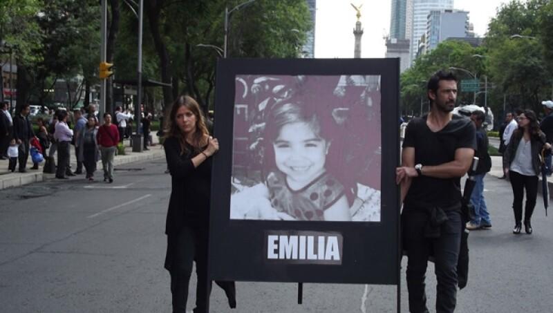 Iliana Fox y José María Yazpik se unieron a la marcha para exigir justicia.