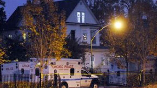 Los cadáveres baleados de la madre y el hermano de la actriz y cantante fueron encontrados en su vivienda; la policía investiga los hechos y la desaparición de un sobrino.