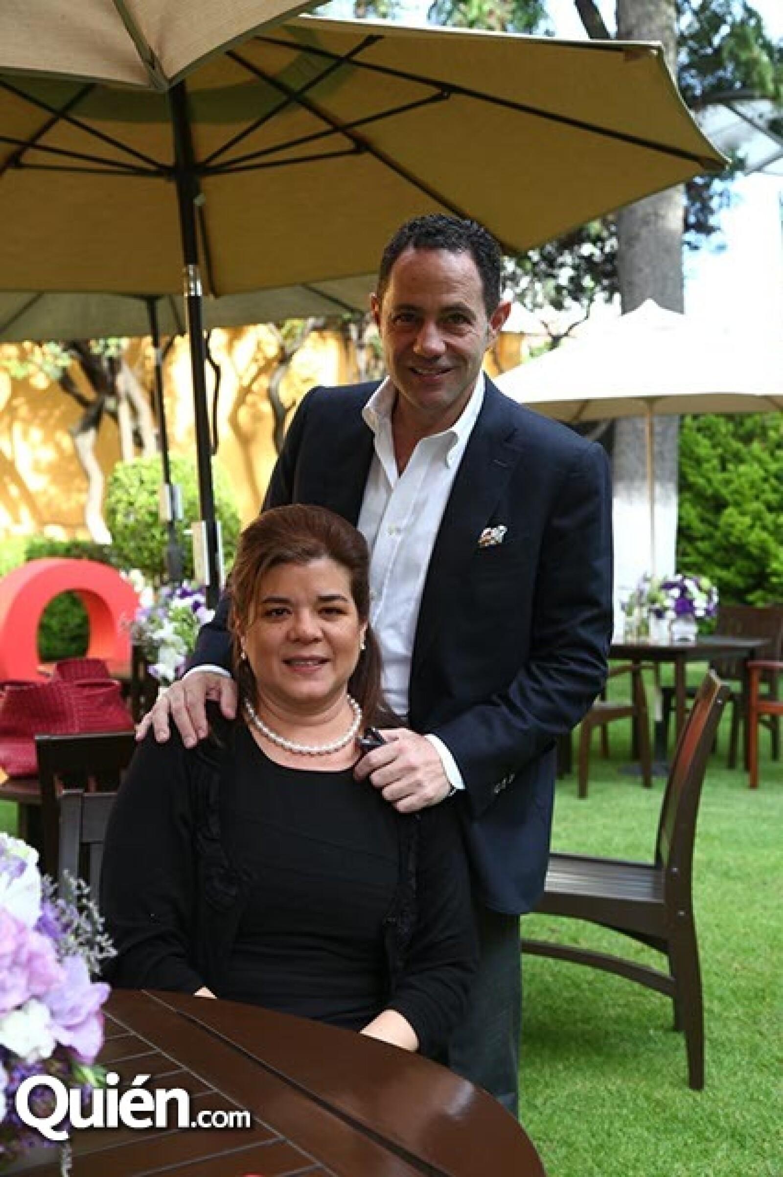 Sonya Santos y Sergio Berger