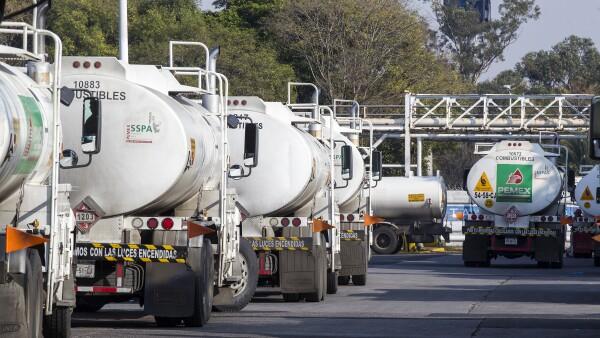 SAT importación de gasolina