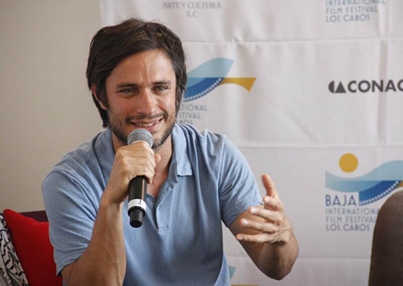 Esta mañana el cineasta mexicano ofreció una conferencia de prensa en la que fue reconocido por su trayectoria y aporte al cine nacional e internacional.