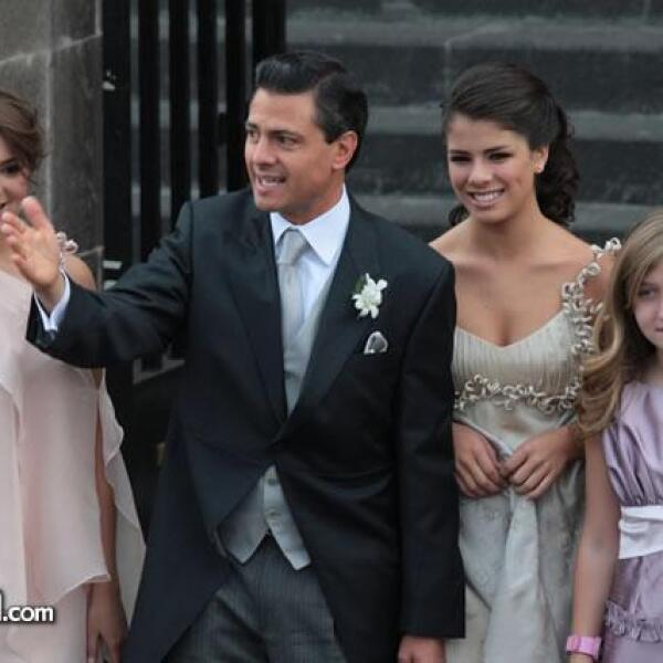 Sofía Castro Rivera,Enrique Peña Nieto,Paulina Peña Pretelini y Fernanda Castro Rivera