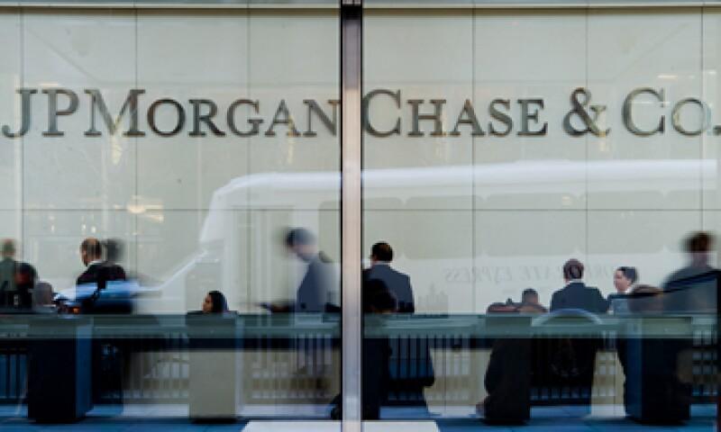 Las acciones del banco caían 2% tras los resultados. (Foto: Reuters)