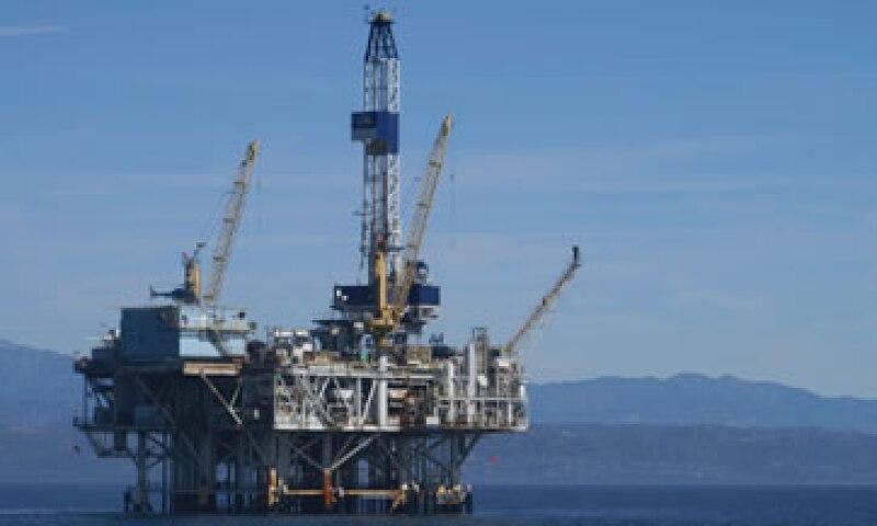 La reforma energética busca revertir la caída en la producción de crudo que vive el país.   (Foto: Getty Images)