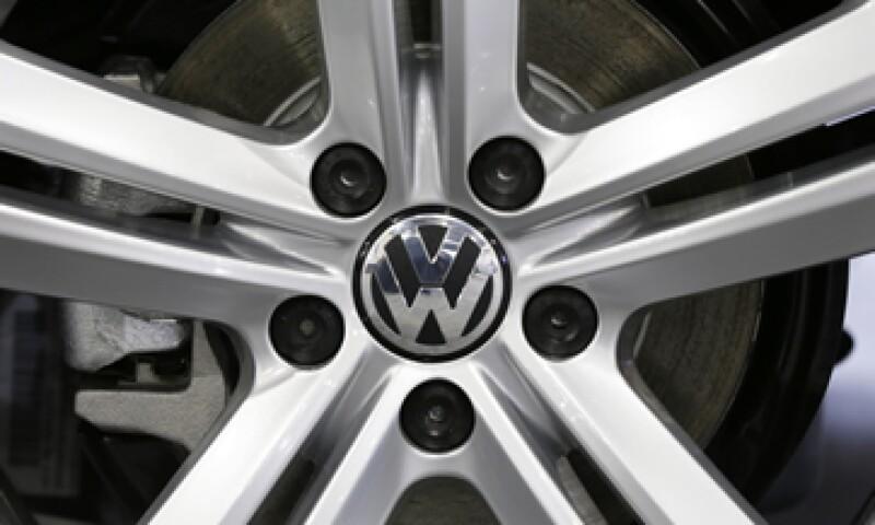 Volkswagen ha utilizado acero para reducir el peso de sus modelos masivos. (Foto: AP)