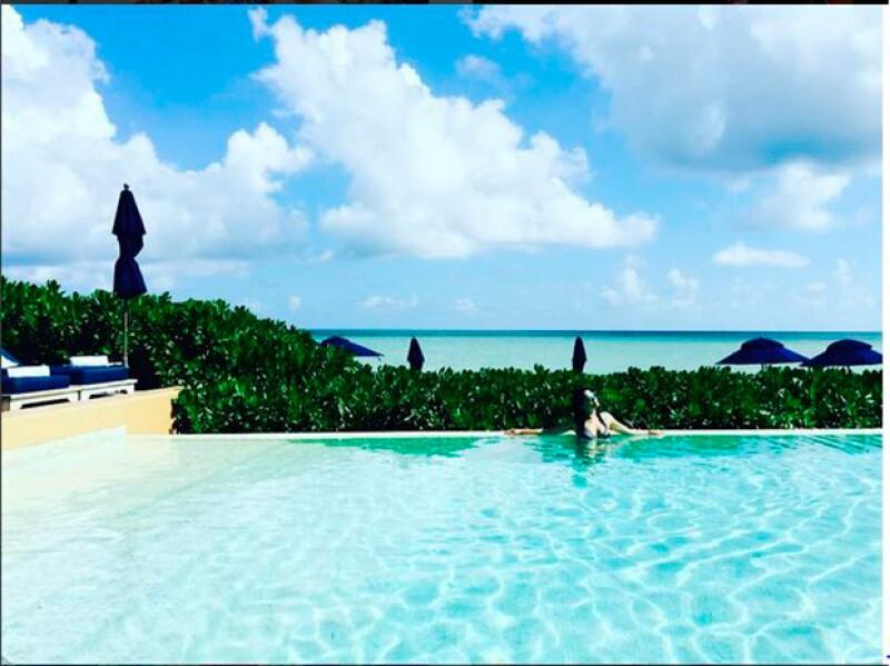 Bien merecido, Karla disfrutó del cálido clima del Caribe.