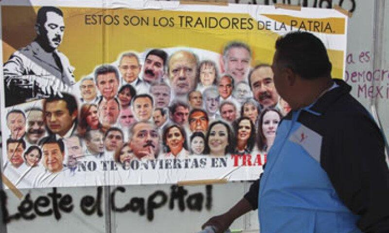 Organizaciones de izquierda afirman que la reforma aprobada privatizará a Pemex. (Foto: Cuartoscuro)