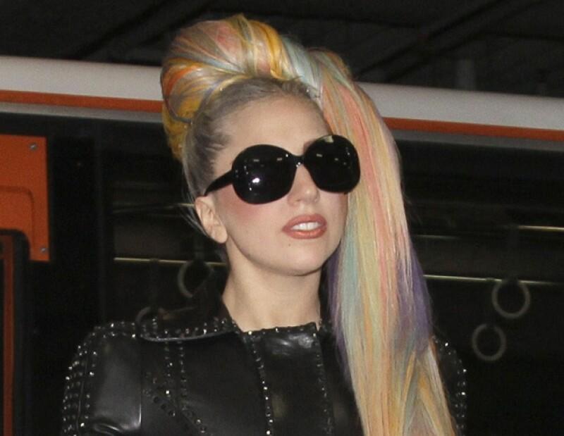 Lady Gaga se pronunció en apoyo a Kristen y Robertt, tras el escándalo de la infidelidad.