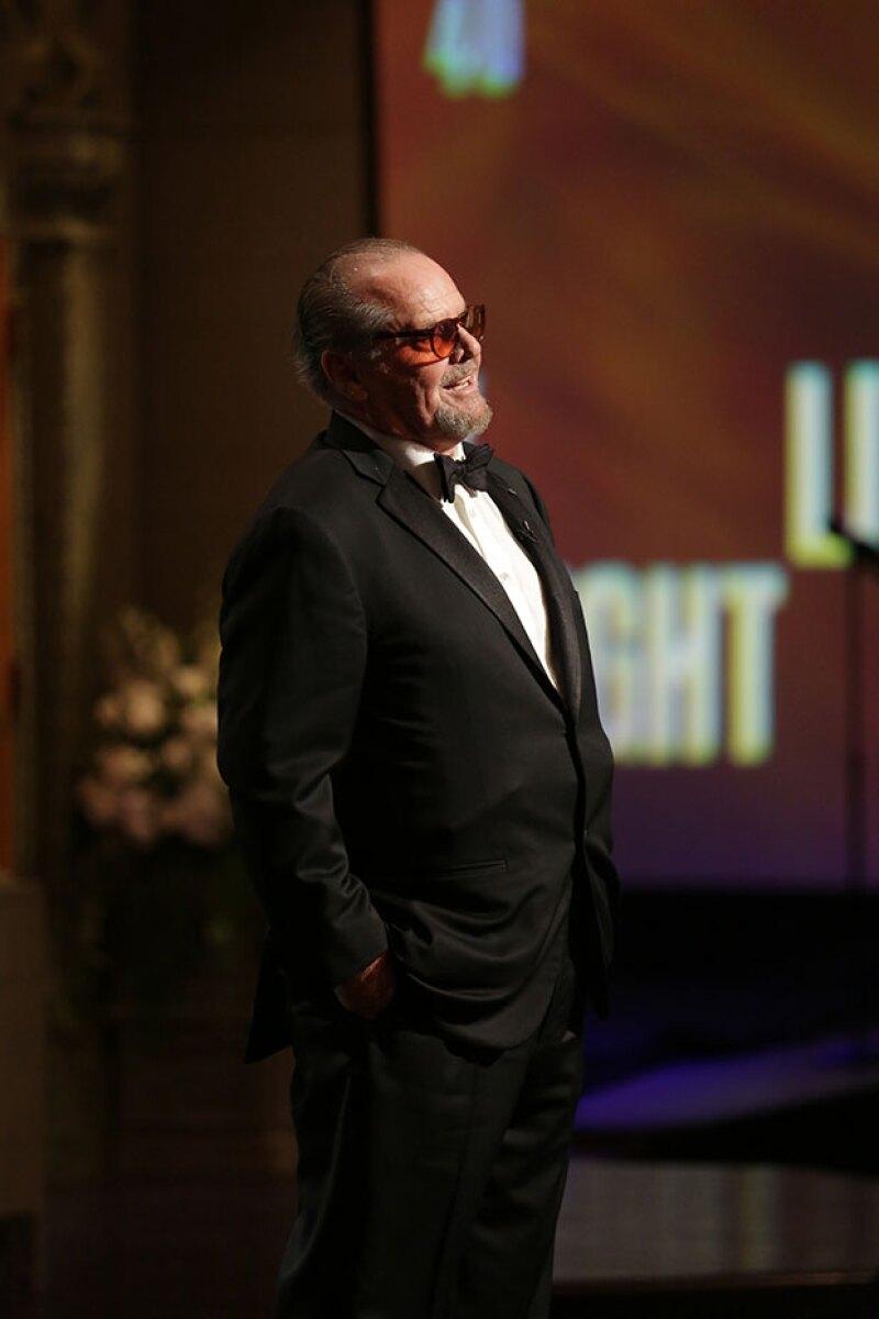 El tres veces ganador al Oscar ha levantado rumores sobre una supuesta pérdida de memoria. Sin embargo, mientras unos lo aseguran, varias imágenes podrían comprobar lo contrario.
