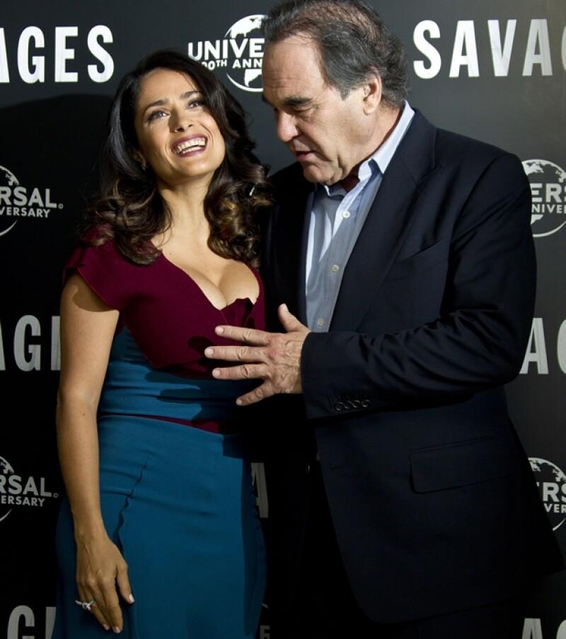 Oliver Stone quedó cautivado con Salma.