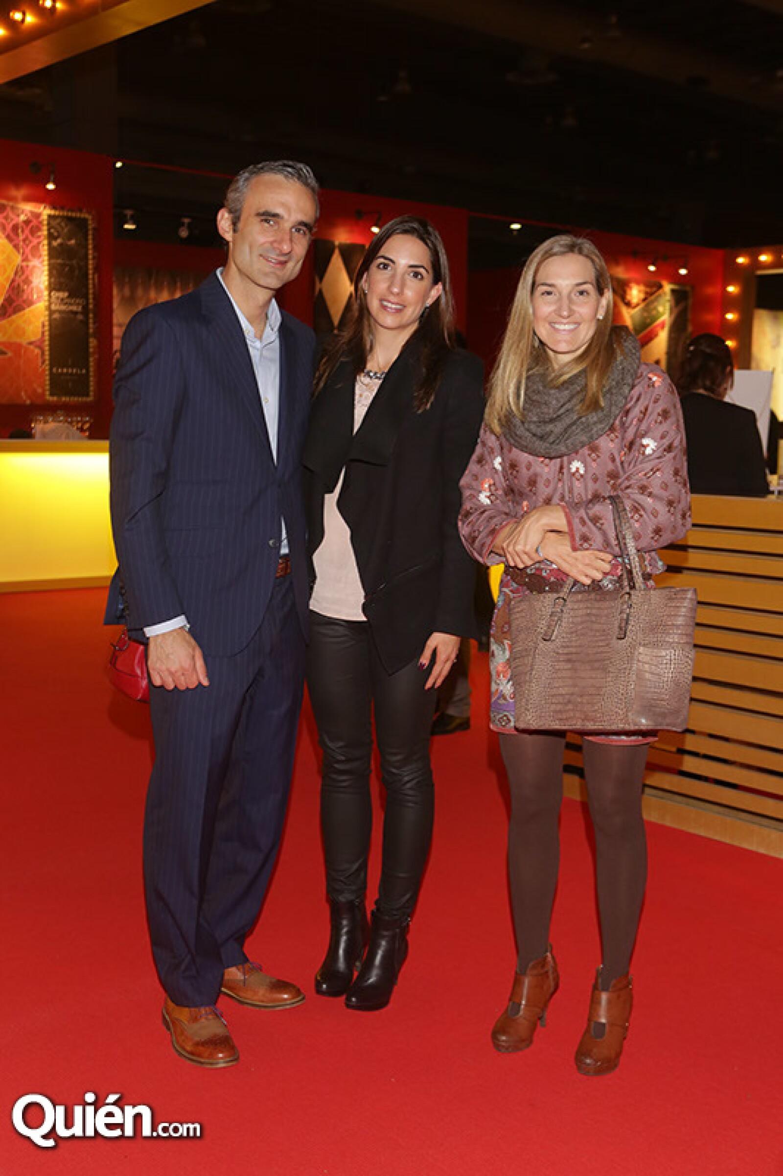 Carlos Carriedo, Isabel Carriedo y  Alejandra González