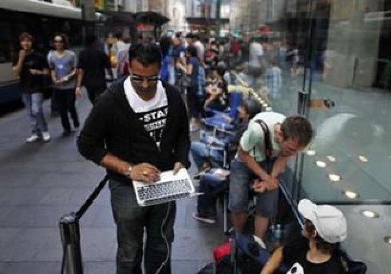 Australia fue de los primeros países en darle la bienvenida a la iPad 2 (Foto: Reuters)