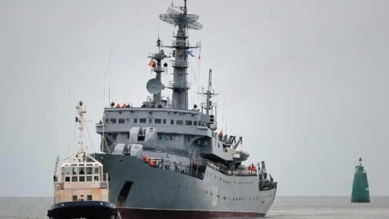 barco mistral frances armas