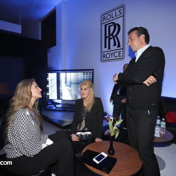 Pixie Devlyn,Hilda Calderón de Pliego,Fernando Bonfil