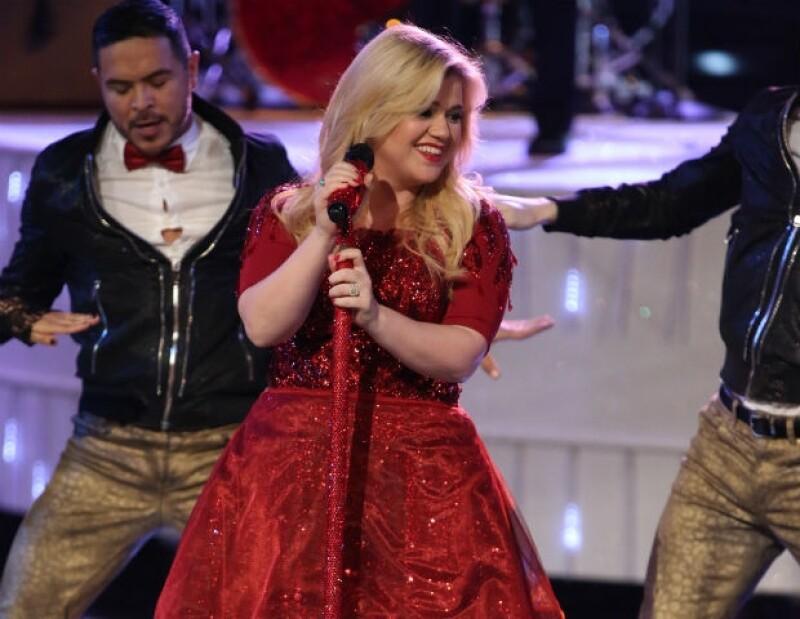 Kelly se retiró de los escenarios en diciembre pasado para cuidar su embarazo.