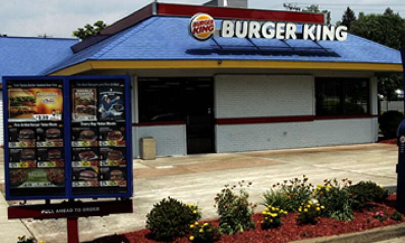La remodelación de cada unidad, en el nuevo esquema 20/20, le representa a Burger King una inversión de un millón de dólares.  (Foto: AP)