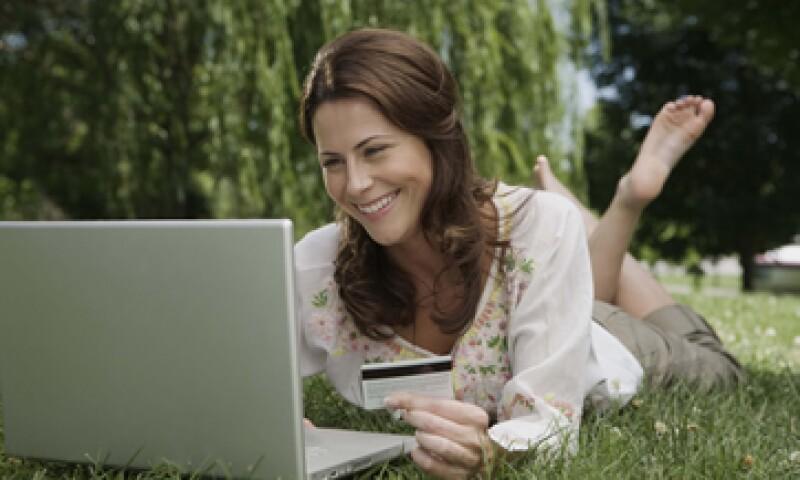 La compañía espera cerrar el año con 60,000 usuarios en su plataforma de compras por Internet. (Foto: Thinkstock)