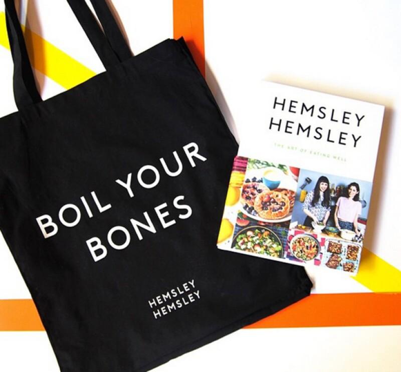 Las hermanas Hemsley tienen deliciosas recetas para el caldo de huesos en su libro y son grandes precursoras de sus beneficios.