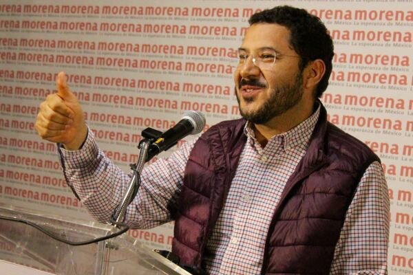 El dirigente de Morena anunció el triunfo del partido en la CDMX