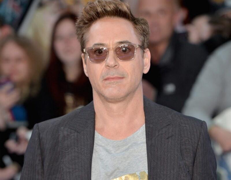 Robert se desmayó y posteriormente tuvo que ser llevado al hospital tras recibir un golpe en la cara.