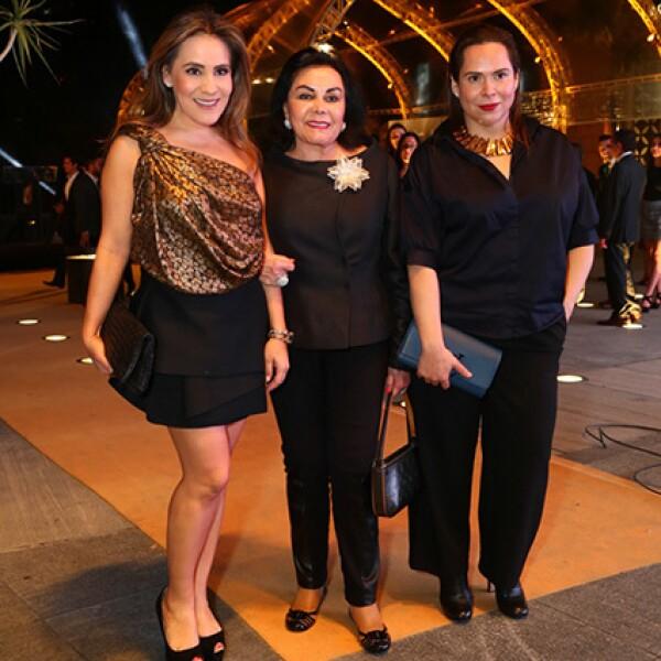 Silvia Rojo,Silvia García de Alba y Alexa Rudulfo