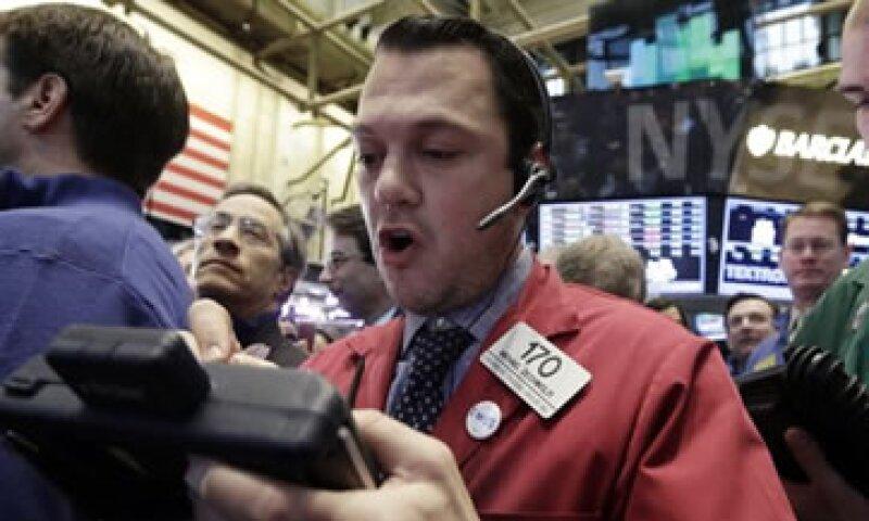 El FBI y la SEC estudiaron las operaciones de todos los departamentos que anuncian datos económicos.  (Foto: Reuters)