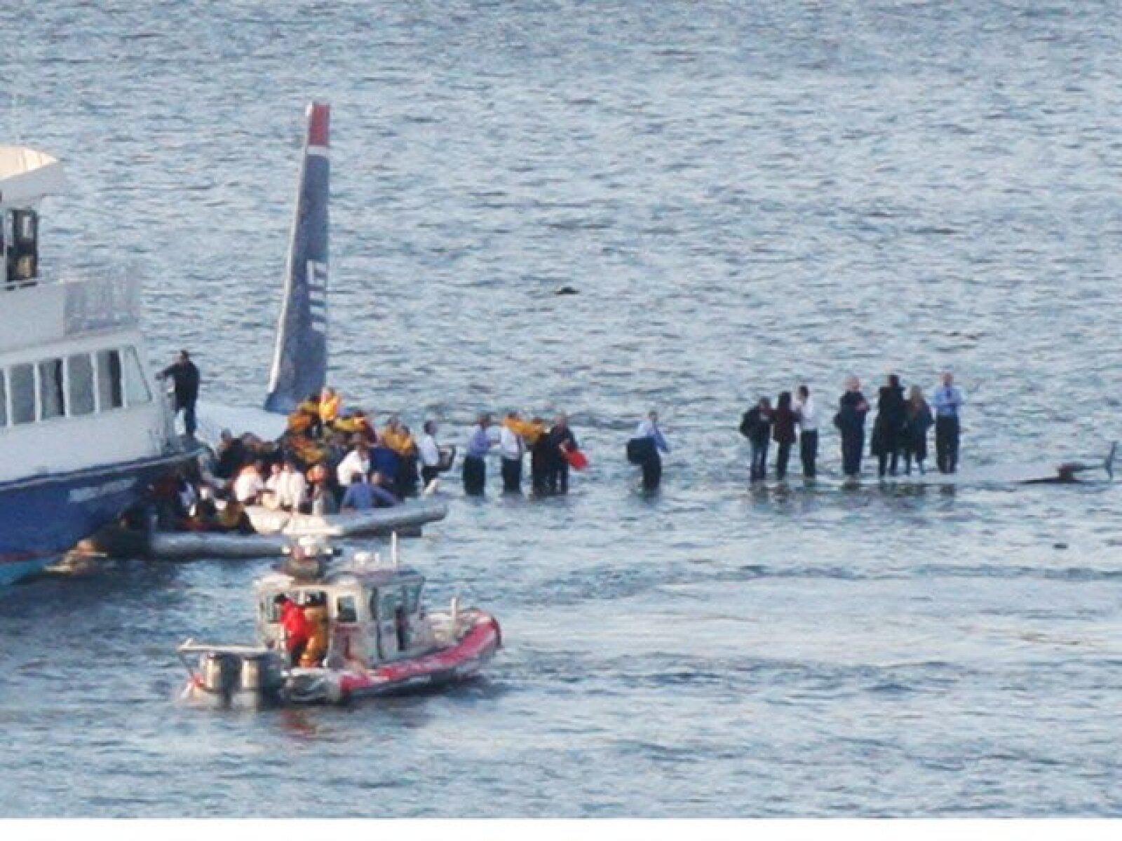 El accidente del vuelo 1549 de US Airways se produjo cerca de la calle 48 a la mitad de Manhattan.