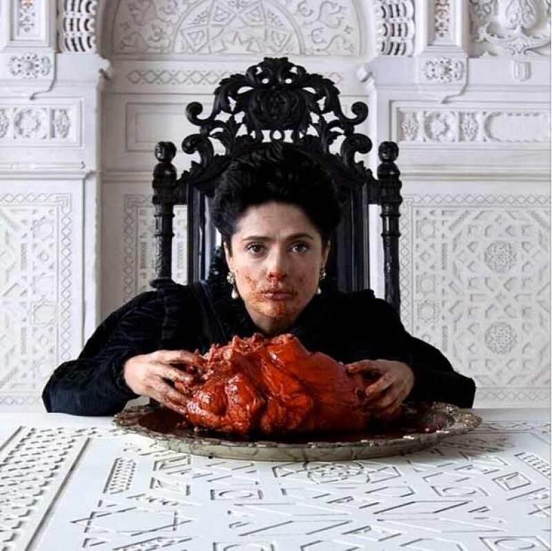 """La actriz recuerda como lo más """"repugnante"""" que ha hecho nunca la escena en la que tuvo que fingir que se comía un corazón de dragón en el rodaje de  &#39Il Racconto Dei Racconti&#39."""