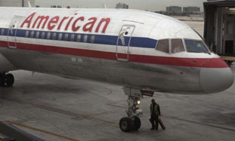 La compañía matriz de American Airlines, (AMR Corp), anunció este martes haberse acogido al Capítulo 11 de la ley de quiebras en EU. (Foto: Reuters)