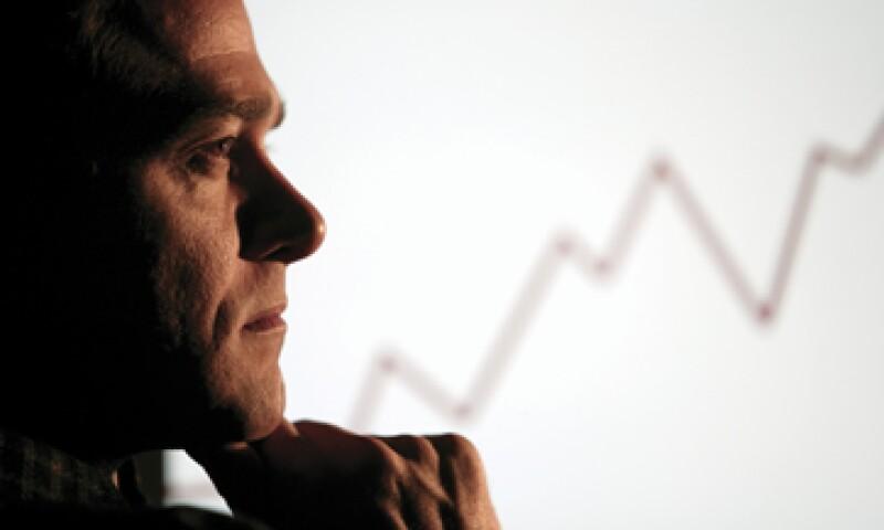 Pensar que invertir es privativo de los millonarios es una idea errónea, afirman los expertos. (Foto: )
