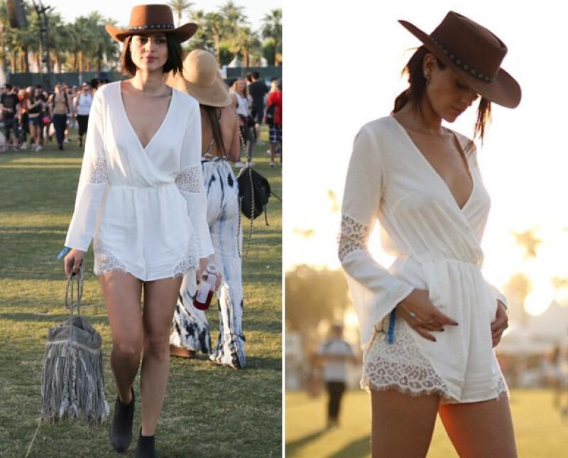 Eiza amó este outfit, y es que sexytud y un poco de estilo bohemio hicieron la combinación perfecta.