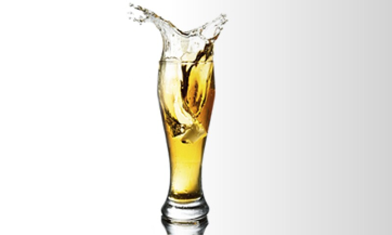 La reducción calórica es el paso que se suma al proceso de malteo y molienda que crea la bebida light. (Foto: iStock by Getty Images)