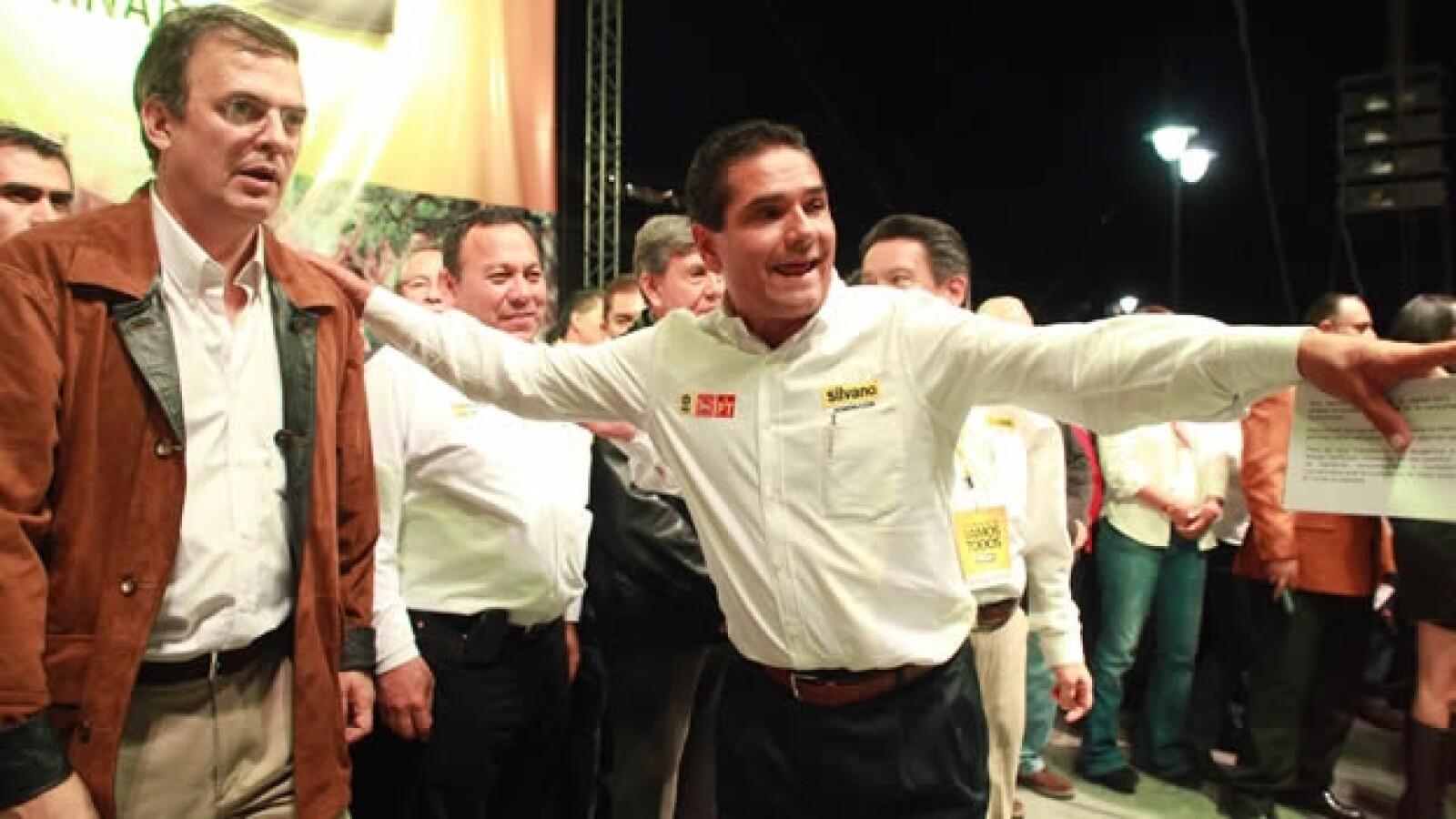Silvano Aureoles del PRd y Marcelo Ebrard