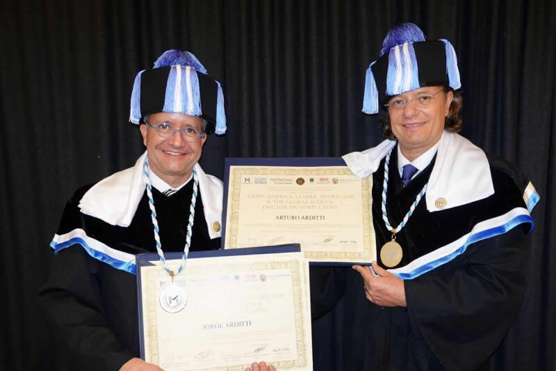 ARDITTI  HONORIS CAUSA  Cortesía.jpg