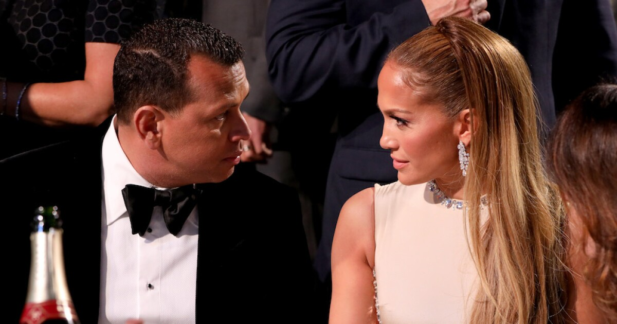Jennifer Lopez was the one who broke her engagement with Alex Rodriguez