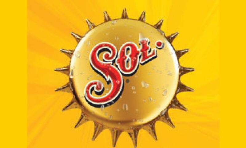 CM tiene una capacidad de producción anual de 10.2 millones de hectolitros en Cerveza Sol. (Foto tomada de Sol.com.mx)