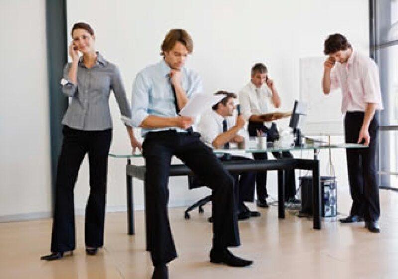 Un buen líder de equipo sabe comunicar las tareas que cada miembro tendrá en el proyecto a emprender. (Foto: Jupiter Images)