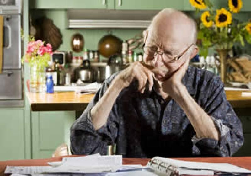 La gente en EU que decide retirarse antes puede comenzar a cobrar sus beneficios de Seguridad Social a los 62 años. (Foto: Photos to go)