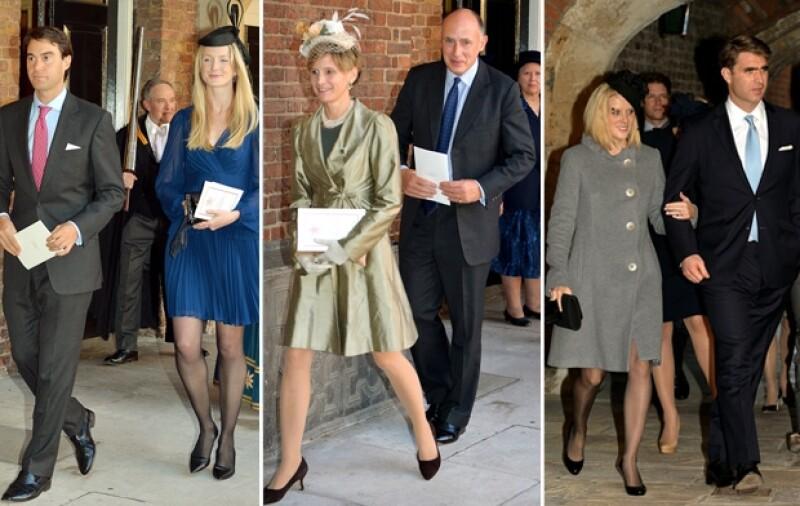 El día de hoy a las 15 horas de Londres, el príncipe George fue bautizado frente a los amigos y familiares más cercanos de los Duques de Cambridge.