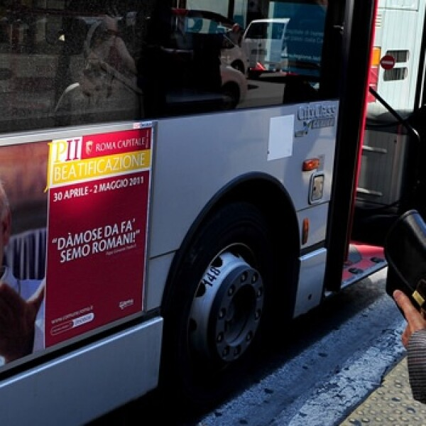 Juan Pablo II - autobús