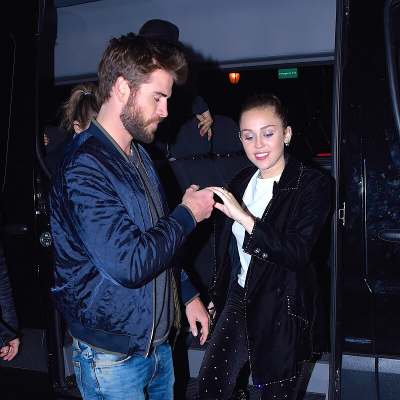 Liam Hemsworth Y Miley Cyrus No Terminaron